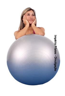 79e5770e75c57 Bola de Pilates  tamanho ideal